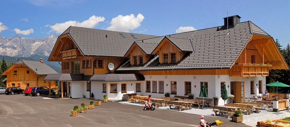 SetWidth999-02-Almhotel-Edelweiss-Sommer